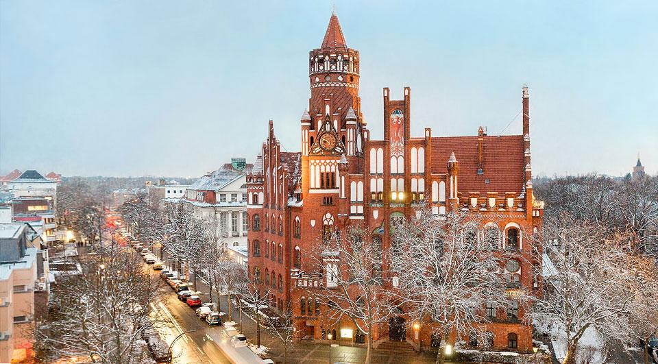 Rathaus-Schmargendorf im Winter